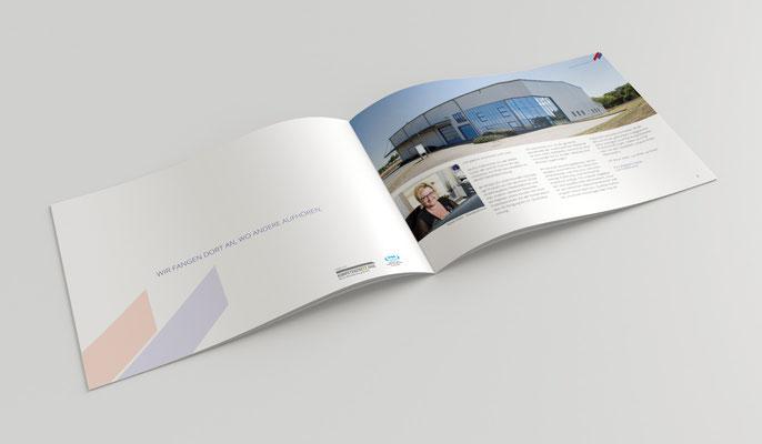 A4 Querformat Broschüre