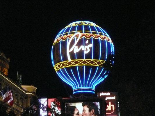 """Hotel """"Paris"""""""