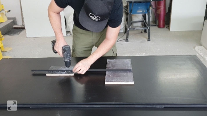 Einen Tisch Aus Beton Selber Machen Diy Betonmobel Einfach