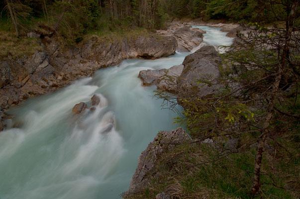 Der Rißbach im Karwendel: Einer der letzten unverbauten Alpenflüsse [UKR20170522_0548]