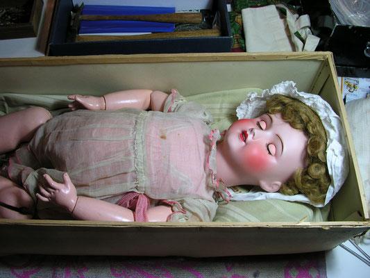 réparation de poupées anciennes