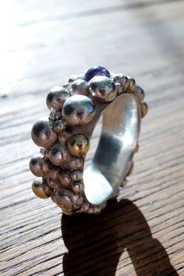 Amethyst, Silber- und Goldkugelring