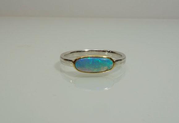Opal, Silberring, Goldfassung