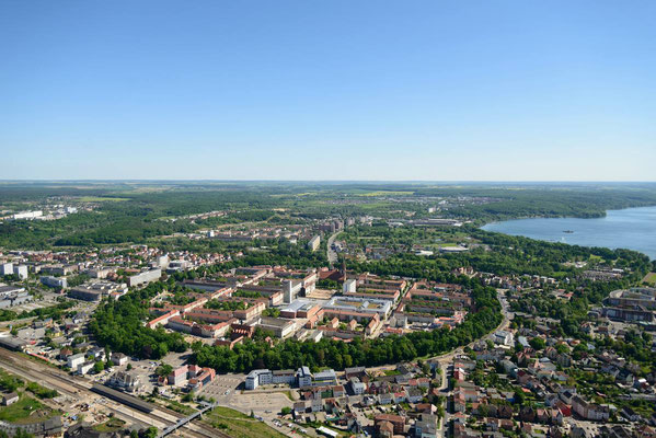 Innenstadt & Tollensesee