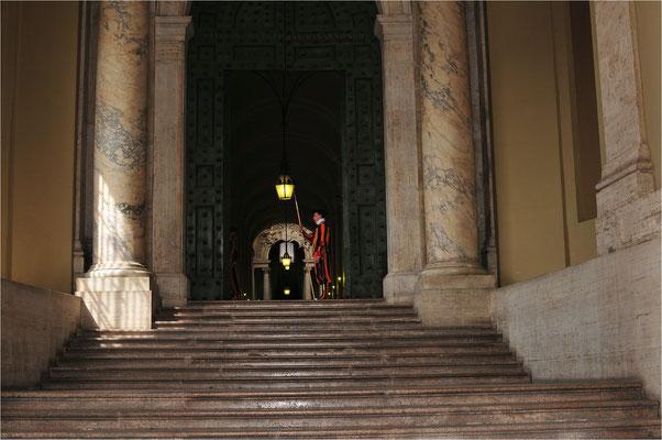 Vatikan  Rom - Wachposten der Schweizer Garde