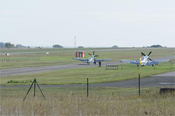 Spitfire MK XVIII rollt zum Start