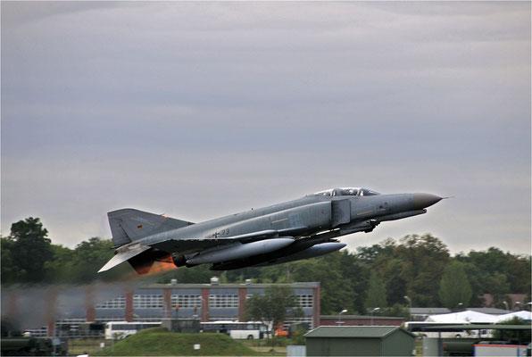 RF-4E Phantom