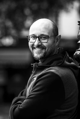 portrait homme man boy garçon smile sourire paris photographe 44 49 85 pays de la loire