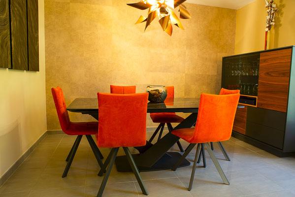salle à manger convivialité maison appartement décoration intérieur chaleureux location vente immobilier agence immobilière photographe angers maine et loire pays de la loire