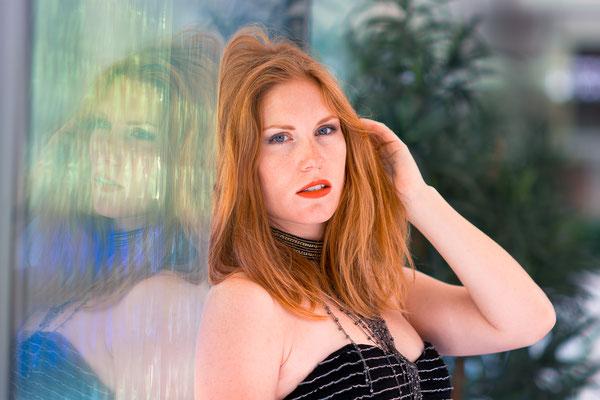 portrait femme woman mode rousse photographe 44 49 85 pays de la loire