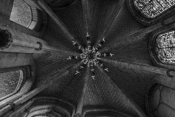 architecture noir et blanc église intérieur cabinet architecte angers photographe maine et loire pays de la loire