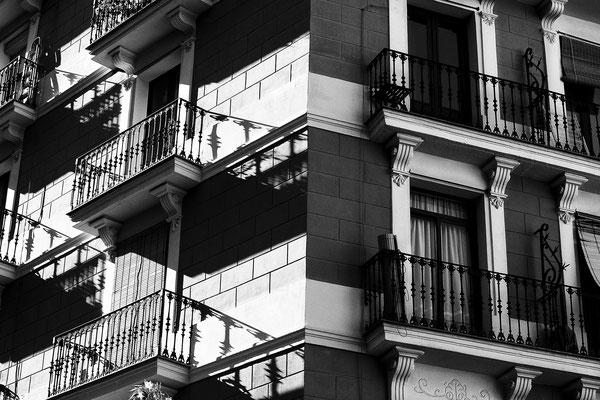 architecture noir et blanc vitres fenêtres balcons architecte photographe nantes loire-atlantique pays de la loire