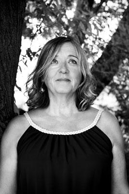portrait femme photo-thérapie noir et blanc natural naturel photographe pays de la loire angers loire-atlantique 44