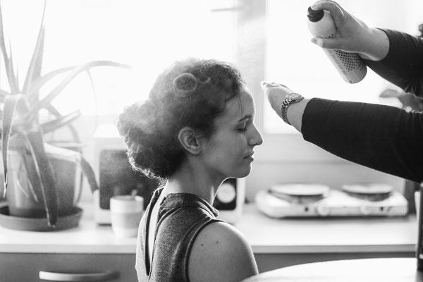 coiffure cheveux laque beauty face portrait backstage making-of préparation coiffeur coiffeuse photographe professionnel pays de la loire vendée loire-atlantique maine et loire angers cholet montaigu nantes 44 49 85
