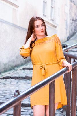 portrait femme fille girl lifestyle colors urbain urban photographe angers pays de la loire loire-atlantique maine et loire vendée 44 49 85