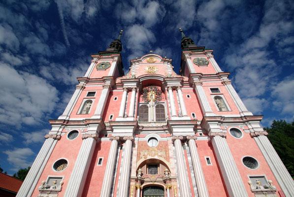 Die Kirche Hl. Linde © 2014 Stefan Pompetzki