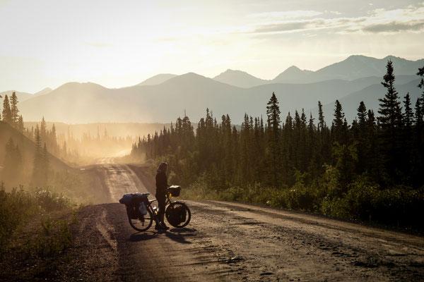 L'ancestral Denali Highway en Alasaka