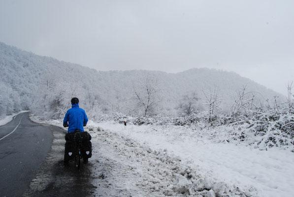 Il neige encore en Azerbaidjan au printemps