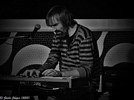 Jon Buckett; Innes Sibun Band
