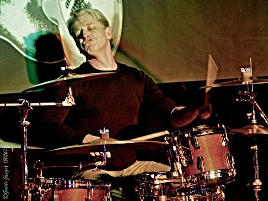 Peter Hensen; Zed Mitchell Band