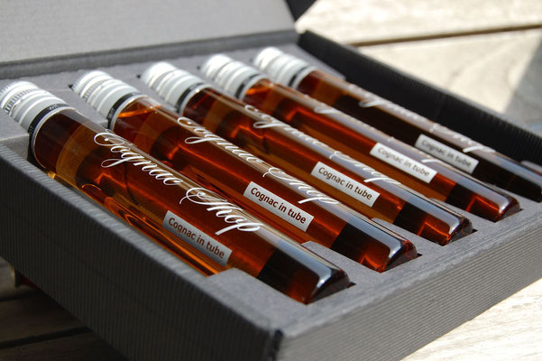 Cognac collection in tube 5 x 6 cl close up
