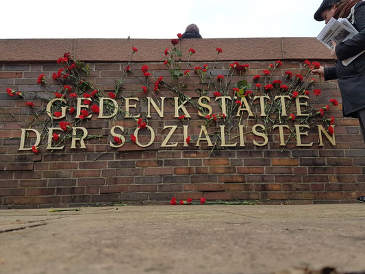 Eindpunt van demonstratie: Sozialistenfriedhof (Lichtenberg)