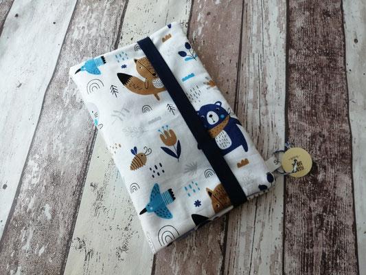 Windeltasche Wickeltasche to go Bär handgemacht Handarbeit handmade SaSch Selbstgefertigtes aus Schwaben
