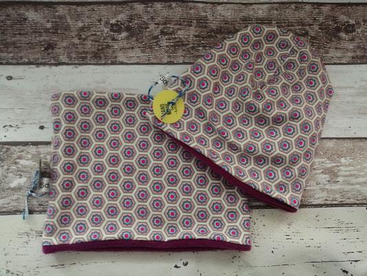 Loop Schal Beanie Mütze Set Blumen handgemacht Handarbeit handmade SaSch Selbstgefertigtes aus Schwaben