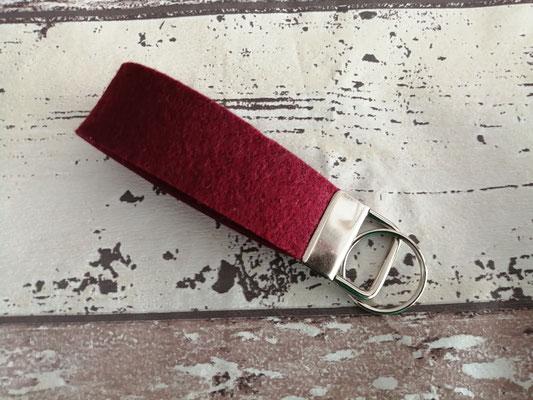 Schlüsselband Schlüsselbänder Filz bordeaux rot handgemacht Handarbeit handmade SaSch Selbstgefertigtes aus Schwaben