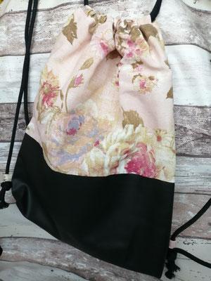 Turnbeutel Gymbag Rucksack Rose Rosen Blumen handgemacht Handarbeit handmade SaSch Selbstgefertigtes aus Schwaben