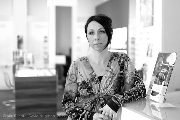 Isabel Lange, Augenoptikermeisterin