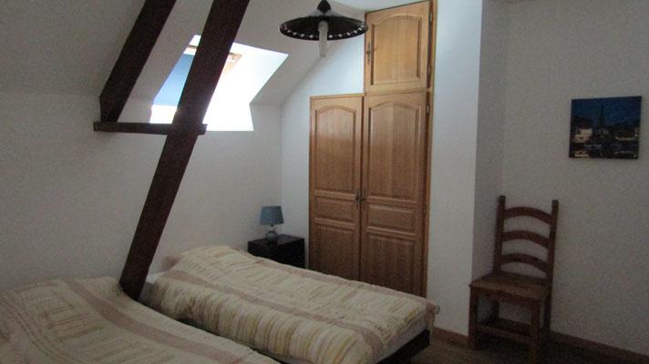 Chambre deux lits simples à l'étage