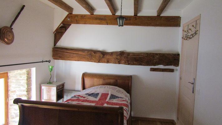 Une autre chambre avec  lit bateau