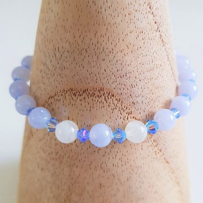 bracelet en calcédoine bleue