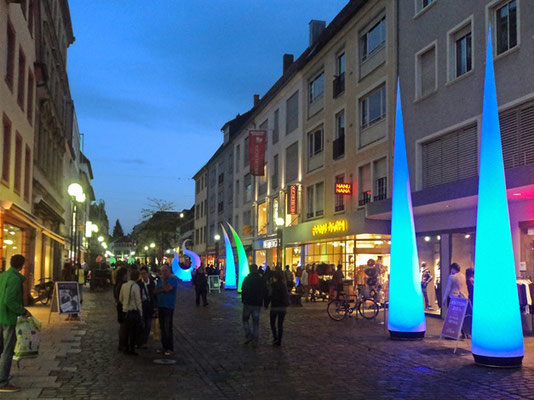 Landau Einkaufsstraße beleuchtet