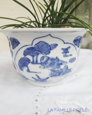 Chinesische Dekore auf Vasen standen als Vorbild