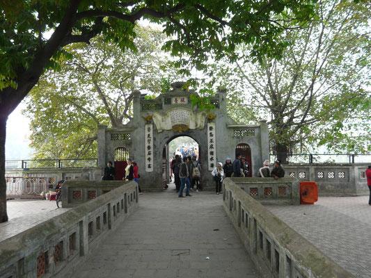 Vietnam - Hanoi 2011 - Jadeberg-Tempel