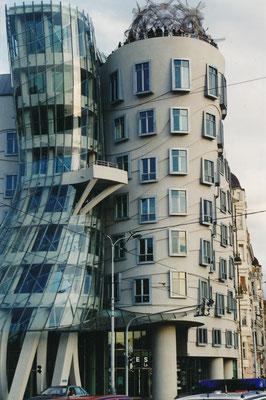 Das tanzende Haus. Architekten Vlado Miluni´c und Frank o. Gehry
