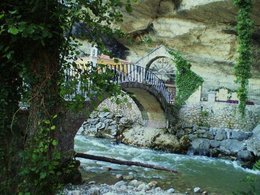 Santuario de la Cueva, Infiesto, Piloña