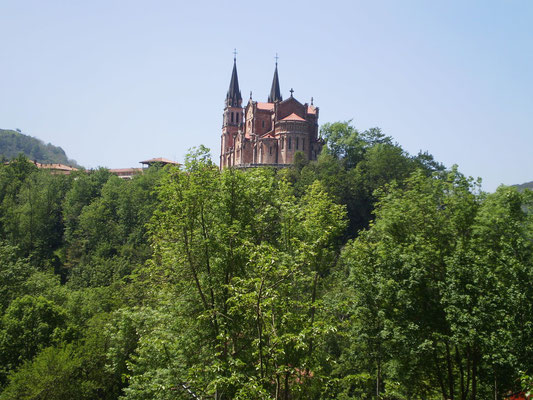 Basílica de Covadonga, Cangas de Onís, Asturias