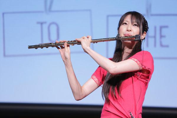 フルート奏者 Yumiko
