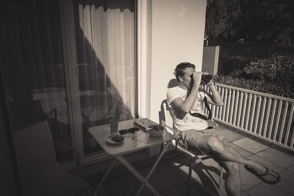 Birding beim Frühstück auf der Terrasse