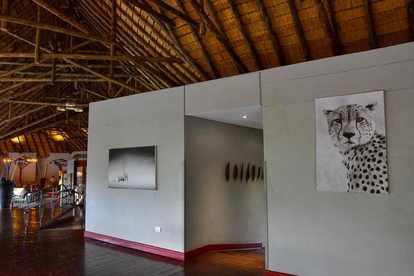 Sehr ansprechendes und grosszügiges Innendesign der Chobe Bush Lodge