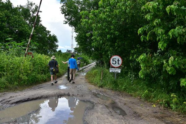 Mangels Game Drive-Möglichkeiten: Spaziergang nach Khwai Village