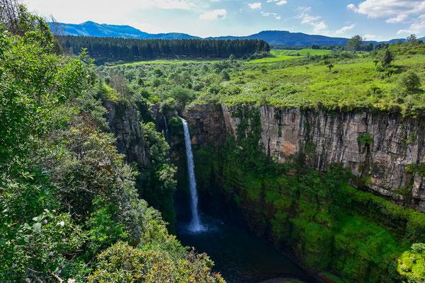 MacMac Falls