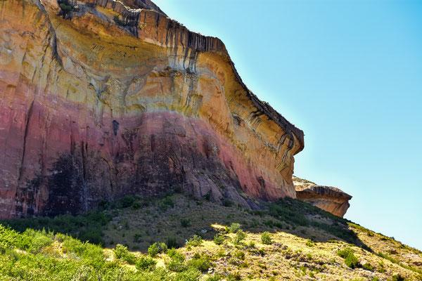 Gewaltige und farbige Sandsteinfelsen