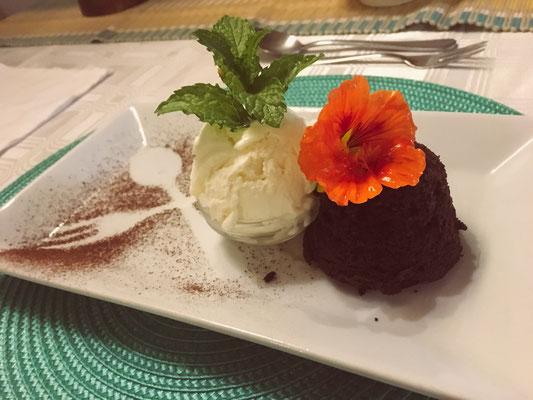 Dessert beim Abendessen