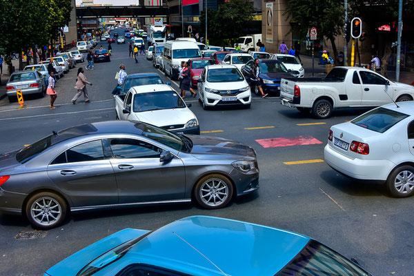Gewöhnungsbedürftig ist der Verkehr, links fahren ist das Einfachste davon!