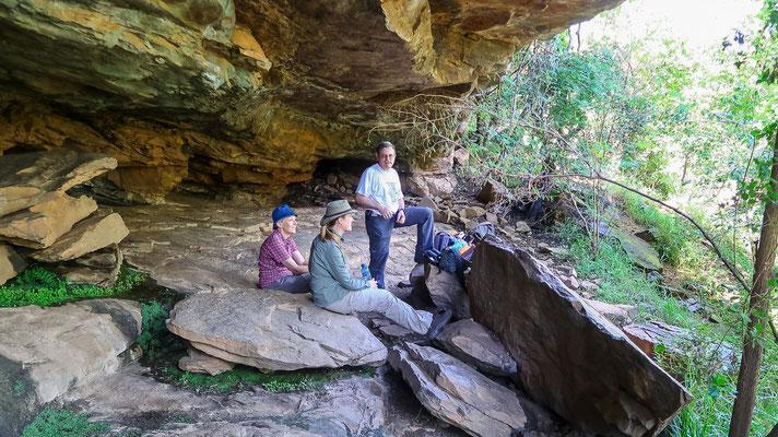 Wanderung zu dieser Höhle