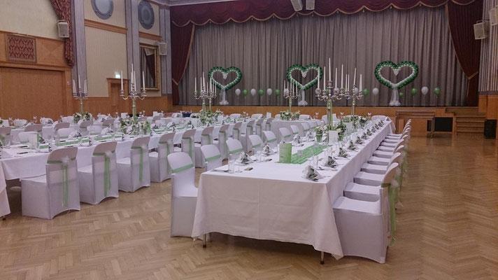 Hochzeitsdekoration aus Ballons in den Stadtsälen Voitsberg